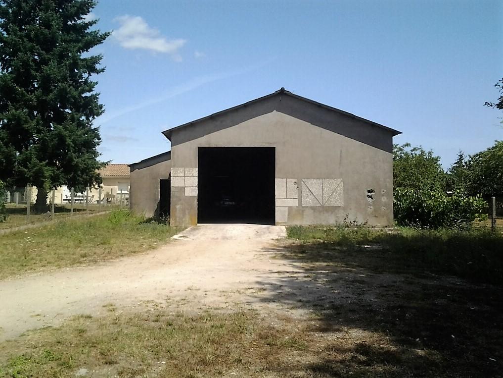 DESNOYER Hangar Abzac